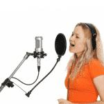 Echauffer sa voix sous les conseils d'un professionnel du chant